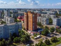neighbour house: st. 70 let Oktyabrya, house 37. Apartment house