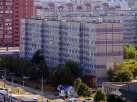 Togliatti, 70 let Oktyabrya st, house 41. Apartment house