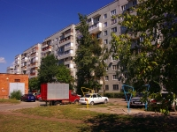 Togliatti, 70 let Oktyabrya st, house 45. Apartment house