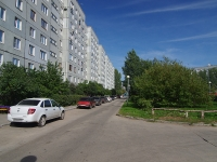 Togliatti, 70 let Oktyabrya st, house 48. Apartment house