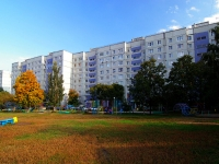 Togliatti, 70 let Oktyabrya st, house 68. Apartment house