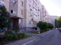 Togliatti, 70 let Oktyabrya st, house 74. Apartment house