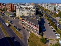 """Тольятти, улица 70 лет Октября, дом 3. торговый центр """"Аврора"""""""