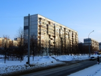 Togliatti, Avtosrtoiteley st, house 17. Apartment house