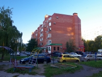 Togliatti, Avtosrtoiteley st, house 34. Apartment house