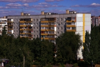 Togliatti, Avtosrtoiteley st, house 39. Apartment house