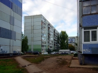 Togliatti, Avtosrtoiteley st, house 54. Apartment house