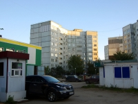 Togliatti, Avtosrtoiteley st, house 60. Apartment house