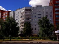 Togliatti, Avtosrtoiteley st, house 72. Apartment house