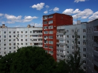 Togliatti, Avtosrtoiteley st, house 88А. Apartment house