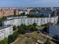 Togliatti, Avtosrtoiteley st, house 98. Apartment house