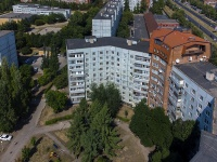 Togliatti, Avtosrtoiteley st, house 100. Apartment house