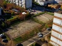 Тольятти, Автостроителей ул, площадка для выгула собак