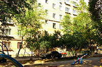 Togliatti, Banykin st, house 24. Apartment house