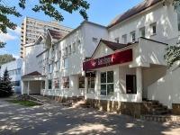 соседний дом: ул. Баныкина, дом 48А. офисное здание