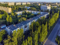 Togliatti, Bauman blvd, house 1. Apartment house