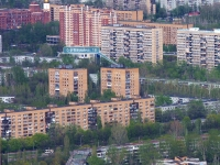 Togliatti, Bauman blvd, house 18. Apartment house