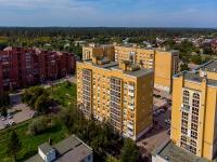 Togliatti, st Belorusskaya, house 7. Apartment house