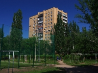 Togliatti, avenue Budenny, house 3. Apartment house