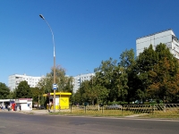 Togliatti, Voroshilov st, house 39. Apartment house
