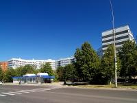 Тольятти, улица Ворошилова, дом 71. многоквартирный дом