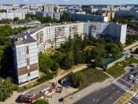 Togliatti, Voroshilov st, house 19. Apartment house