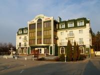 陶里亚蒂市, 旅馆 Эмеральд, ресторанно-гостиничный комплекс, Voskresenskaya st, 房屋 9