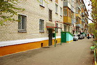 Togliatti, Gorky st, house 51. Apartment house
