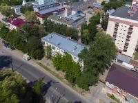 соседний дом: ул. Горького, дом 72. многоквартирный дом