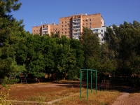 Тольятти, улица Громовой, дом 10. многоквартирный дом