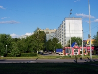 Togliatti, Dzerzhinsky st, house 44. Apartment house