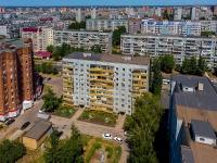 Togliatti, st Dzerzhinsky, house 3. Apartment house