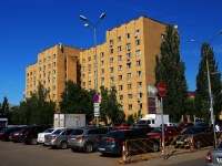 Togliatti, Dzerzhinsky st, house 19. Apartment house