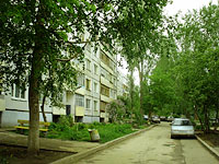 Togliatti, Esenin st, house 8. Apartment house