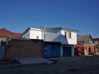 Тольятти, улица Калинина, дом 60. индивидуальный дом