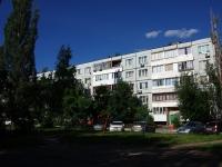隔壁房屋: st. Karbyshev, 房屋 21. 公寓楼