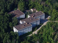 neighbour house: st. Komzin, house 10. research institute Институт экологии Волжского бассейна РАН