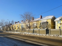 Togliatti, st Komsomolskaya, house 22. Apartment house