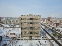 Togliatti, Kosmonavtov blvd, house 1. Apartment house