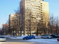 Togliatti, Kurchatov blvd, house 10. Apartment house