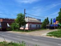 Тольятти, улица Ларина, дом 8. индивидуальный дом