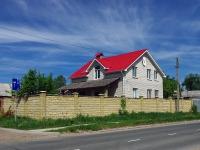 Тольятти, улица Ларина, дом 10. индивидуальный дом