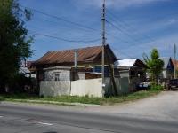 Тольятти, улица Ларина, дом 36. индивидуальный дом