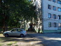 Togliatti, Leningradskaya st, house 23. Apartment house