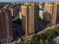 Togliatti, avenue Leninsky, house 1Д. Apartment house