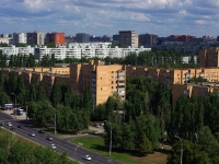 Togliatti, Leninsky avenue, house 13. Apartment house