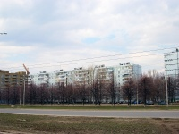 Togliatti, Leninsky avenue, house 28. Apartment house