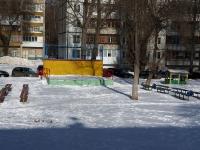Тольятти, улица Лесная. праздничная площадка