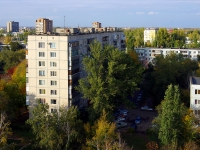 Togliatti, Lunacharsky blvd, house 16. Apartment house