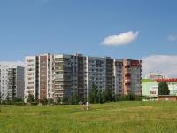 Тольятти, улица Льва Яшина, дом 7. многоквартирный дом